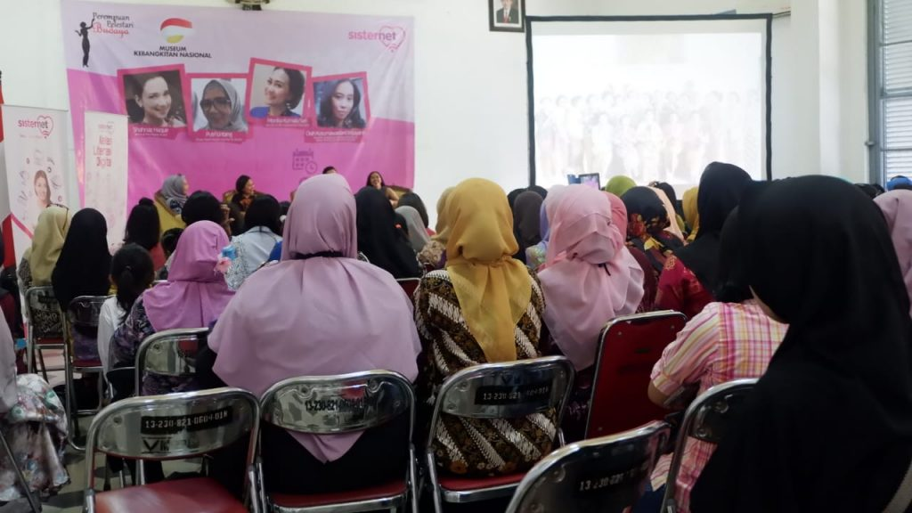 Kelas Literasi Digital - Ibu Cerdas di Era digital