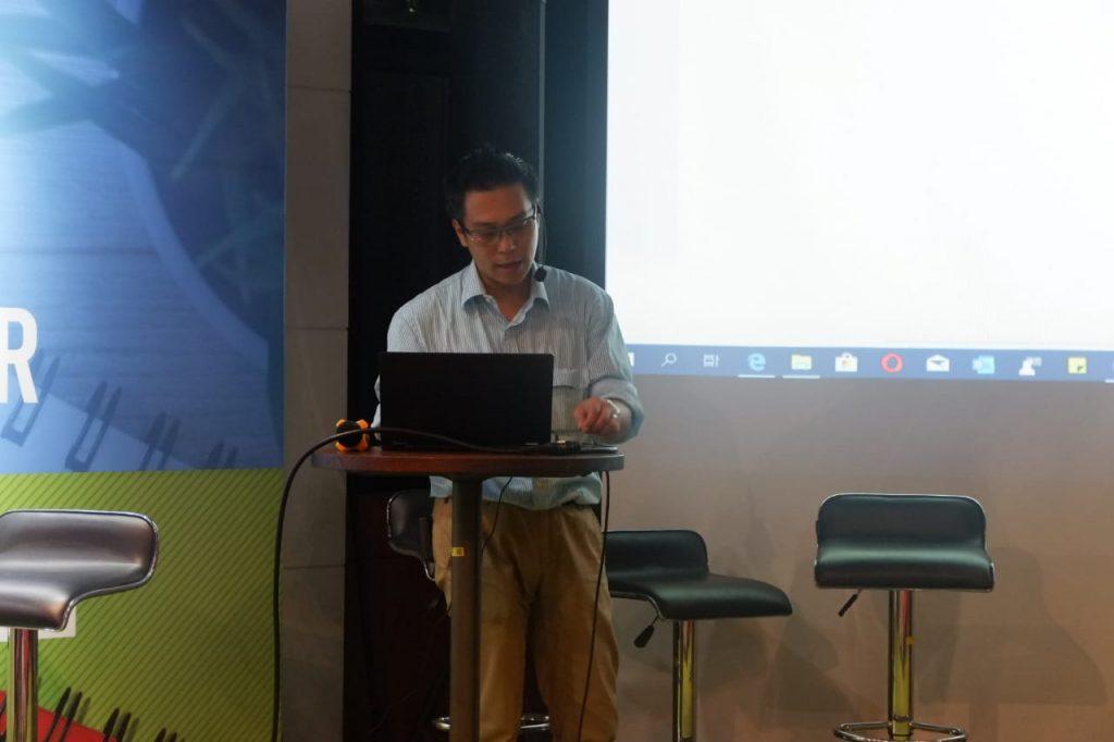 Bapak Hadi Gunawan Sugito, Customers Master Trainer Microsoft