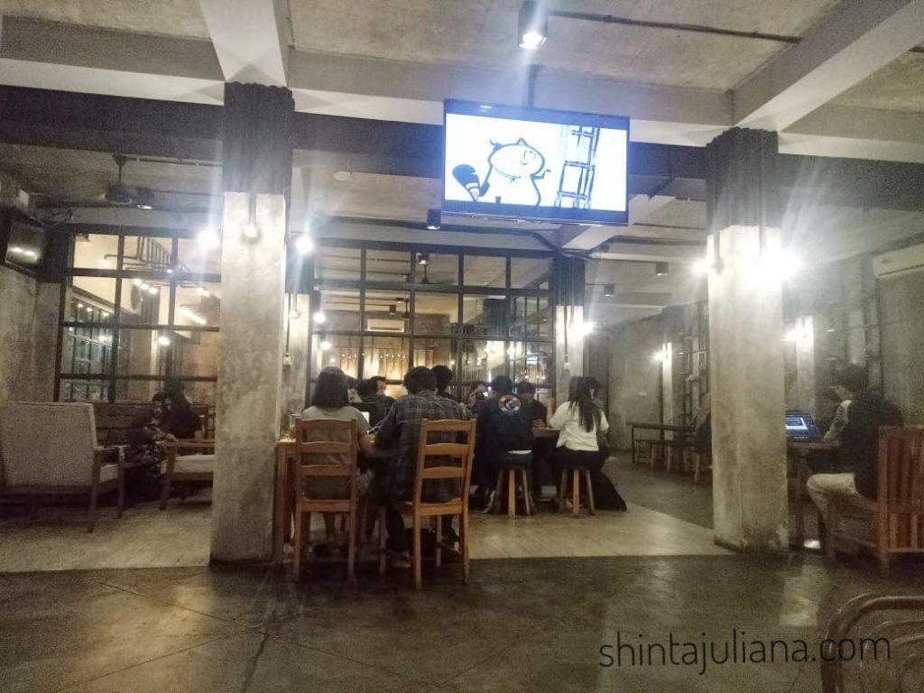 Interior The Cortado Cafe, Palmerah